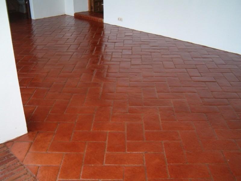 Suelos de ceramica interesting pavimentos ceramica with - Como dar brillo a un suelo de gres mate ...